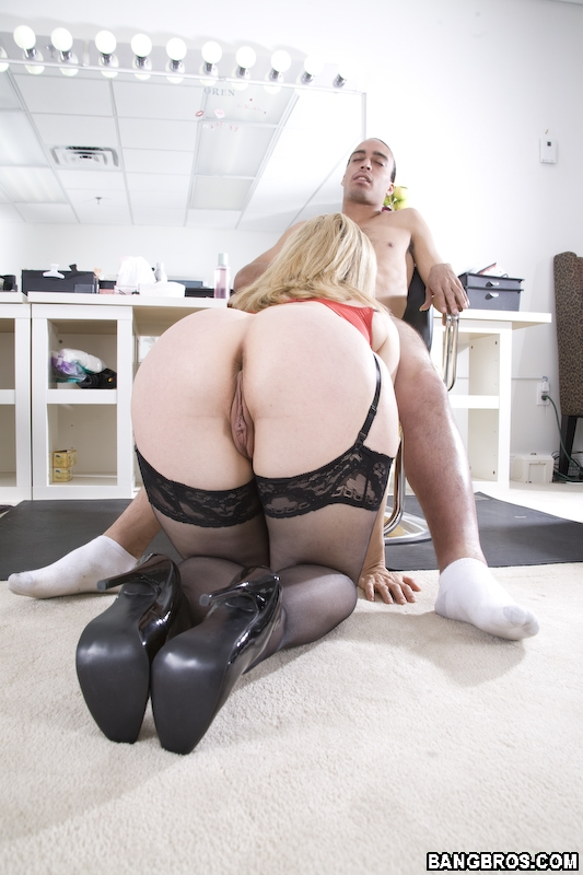 Nina Hartley Rear